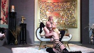 Harsch lesbian domination slave lick mistress pest pussy