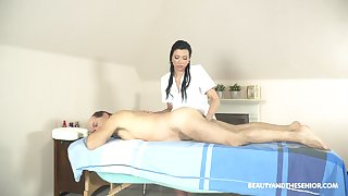 Oral 69 and hard sex during massage with a senior man as A her client