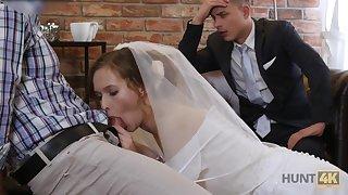 Pulling bride makes her groom cuckold on their wedding night
