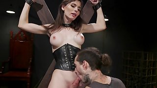 Shemale Korra Del Rio adores to get fuck with her friend in many ways