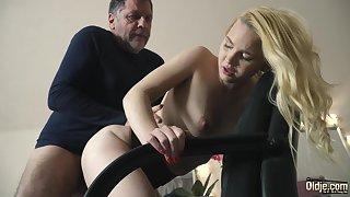 Teen on the brush knees sucking on grandpa cock deepthroat